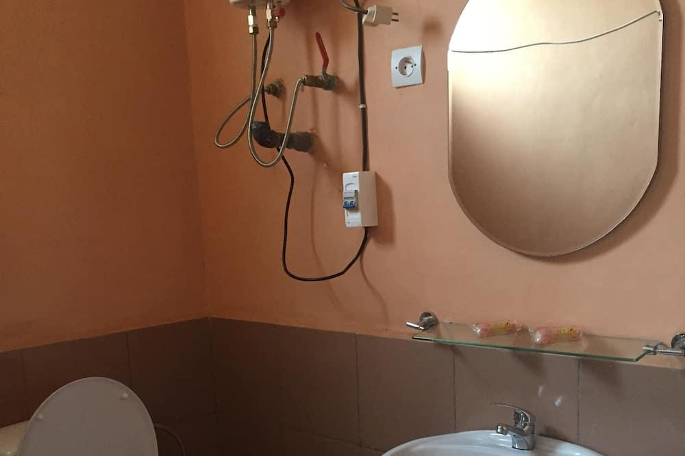 雙人房, 1 張標準雙人床, 吸煙房, 山谷景觀 - 浴室