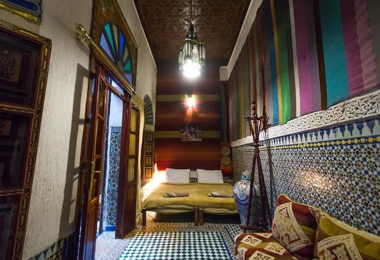 Dar Bouanania , Fes, Quadruple Room, Multiple Beds, Guest Room