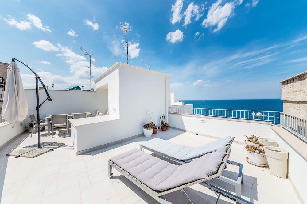 Appartamento, terrazzo, vista mare - Immagine fornita dalla struttura