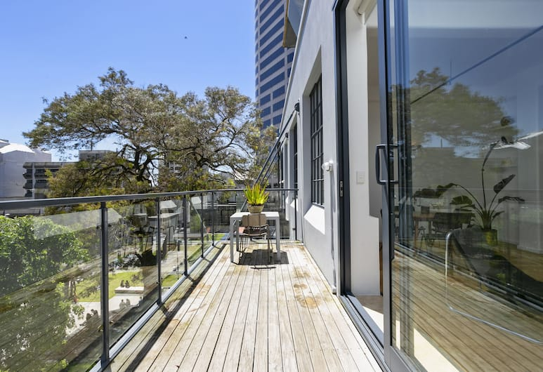 Gorgeous Designer 2 Bedroom in CBD - by Urban Butler, Auckland, Íbúð - 2 meðalstór tvíbreið rúm - Reyklaust, Svalir
