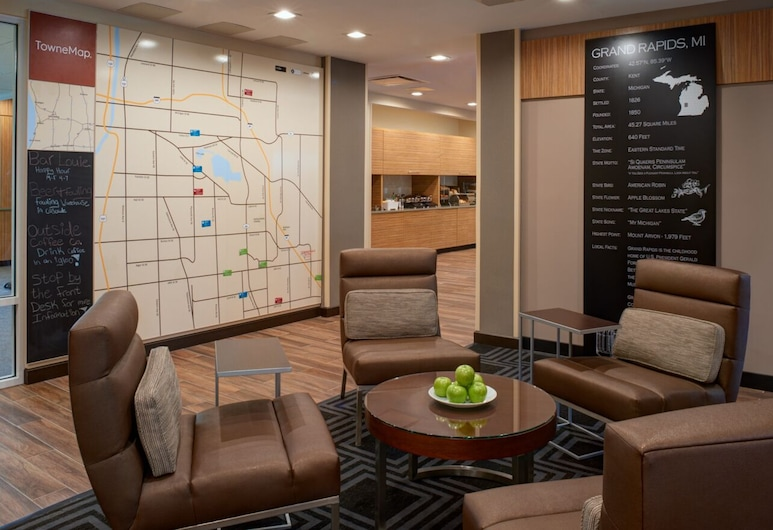 TownePlace Suites by Marriott Grand Rapids Airport, Grand Rapids, Lobby Sitting Area