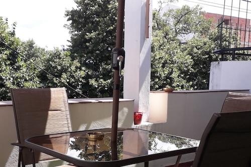 貝爾格拉諾阿爾托飯店/