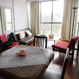 Basic Apartment, 1 Double Bed with Sofa bed, Non Smoking, City View - In-Room Dining