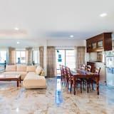 3-Bedroom Pool Villa - Living Area