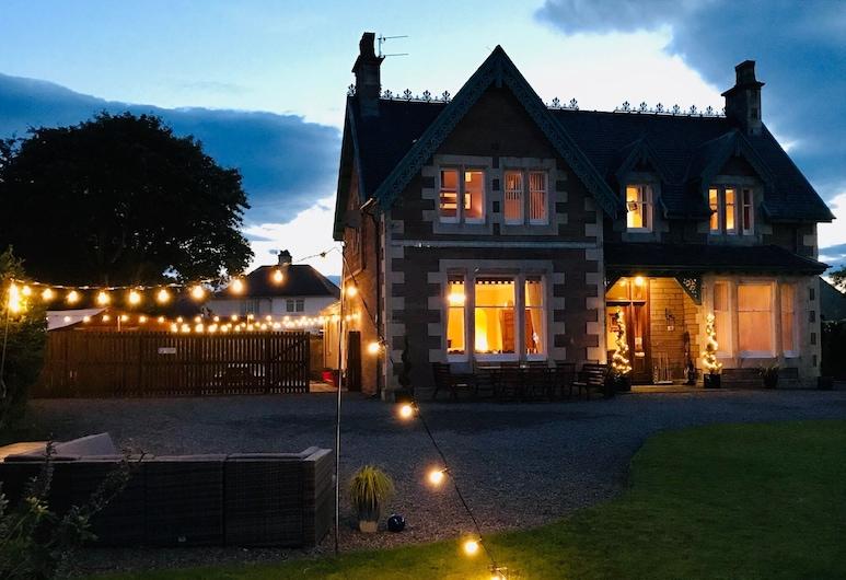 Lairds Lodge, Inverness, Vila typu Deluxe, Pohľad na zariadenie - večer