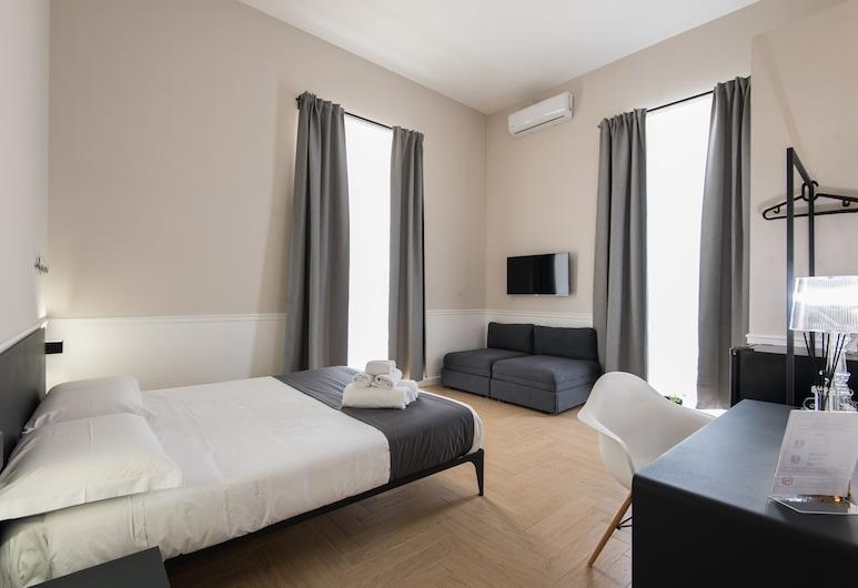 Dante Boutique Rooms, Napoli, Neljän hengen huone, Vierashuone
