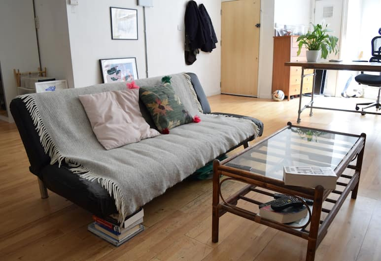 1 Bedroom Apartment in the Heart of Shoreditch, London