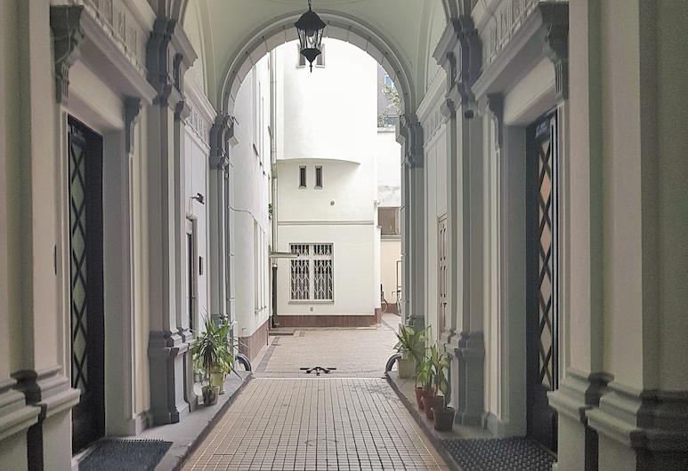 MTB Apartamenty Kopernika, Warszawa, Ingång till boendet