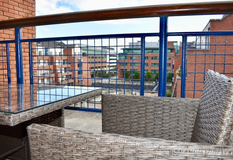 2 Bedroom Apartment With Balcony in Central Dublin, Δουβλίνο, Μπαλκόνι