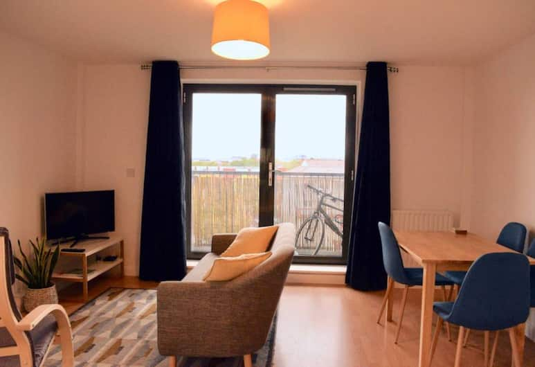 2 Bedroom Apartment Near the O2 Arena, London, Wohnbereich