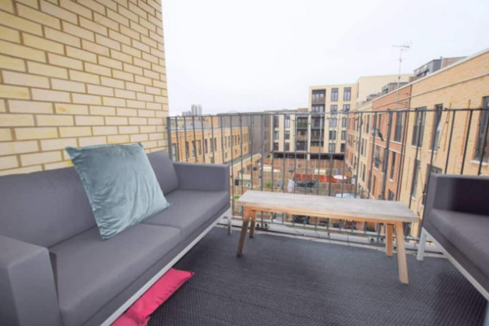 Apartemen (2 Bedrooms) - Balkon