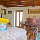 דירה, 3 חדרי שינה, נוף לאגם - אזור אוכל בחדר