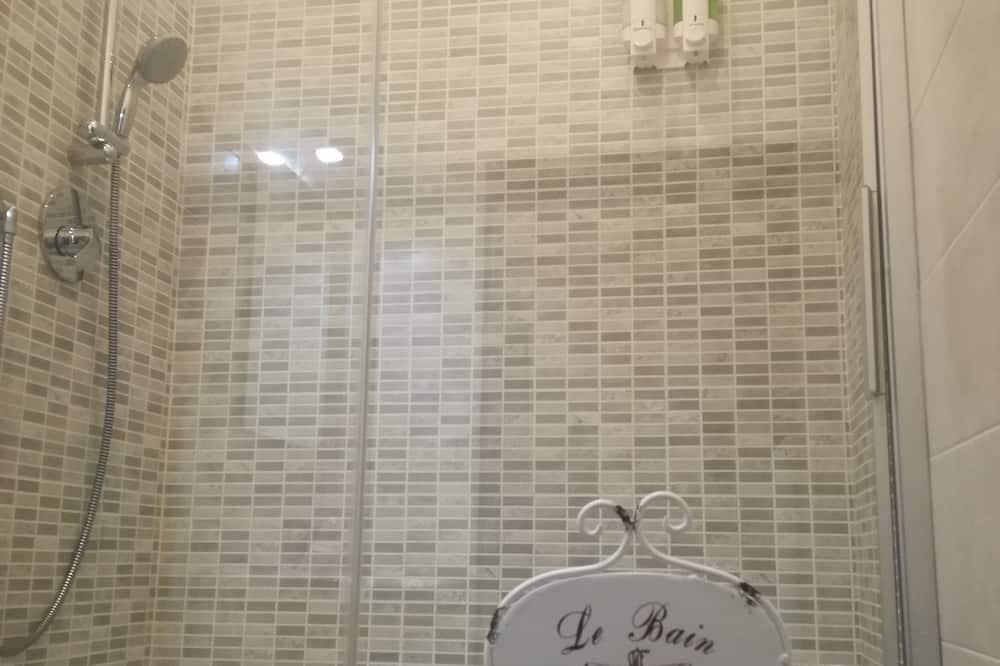 雙人或雙床房, 共用浴室 - 浴室淋浴間