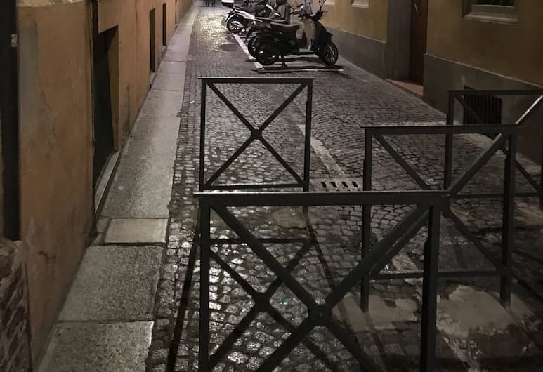 Studio Hosts 2 Via Dè Ruini - Flat in Bo, Bologna, Esterni