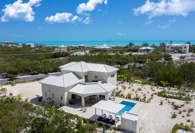 The Sapphire Villa, Providenciales-sziget