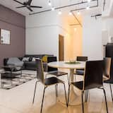 2 Bedroom Apartment - In-Room Dining