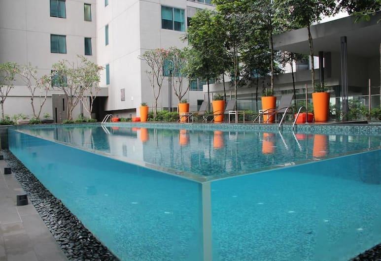 梅庫夏日 1 房套房 - 熱切飯店, 吉隆坡, 室外游泳池