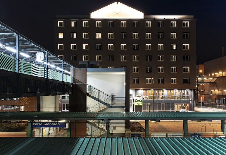 B&B Hotel Roma Fiumicino, Fiumicino, Hotel Front – Evening/Night