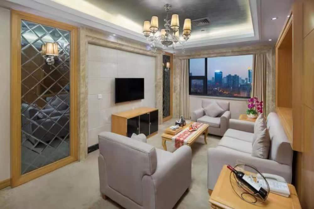 Business Suite - Guest Room