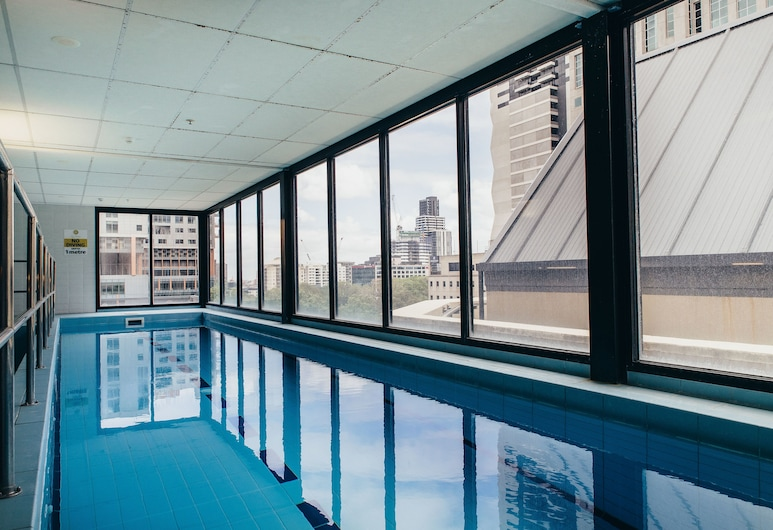 Rubi, 1BDR Melbourne Apartment, Melbourne, Indoor Pool