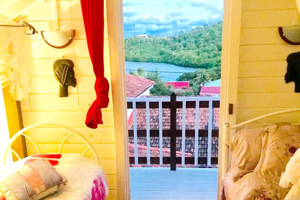 House, Garden View - Room