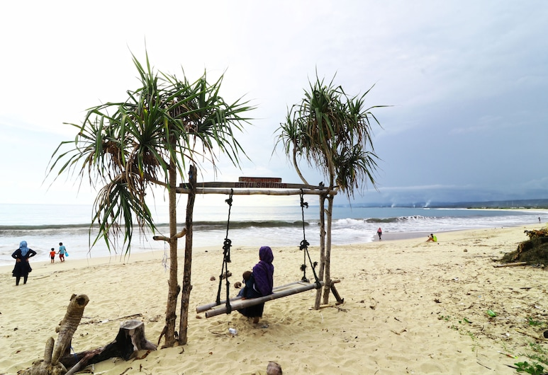 Penginapan Bayu Samudra, Pameungpeuk, Pantai
