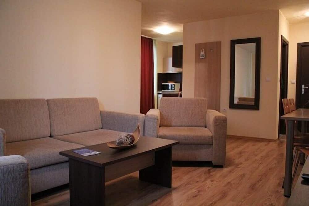 基本公寓, 陽台, 山景 - 客廳