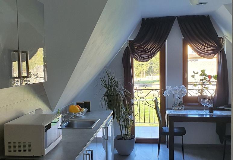 古爾斯基克里斯塔公寓, 波羅寧, 公寓, 1 張加大雙人床及 1 張梳化床, 山景 (C), 私人廚房