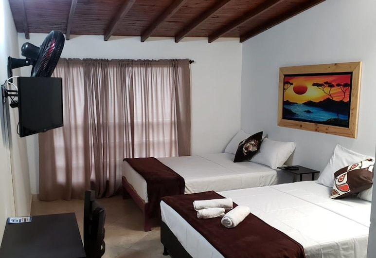 Gemas San Joaquin, Medellin, Quadruple Room, Guest Room