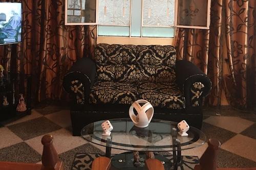 維拉雷諾別墅酒店/
