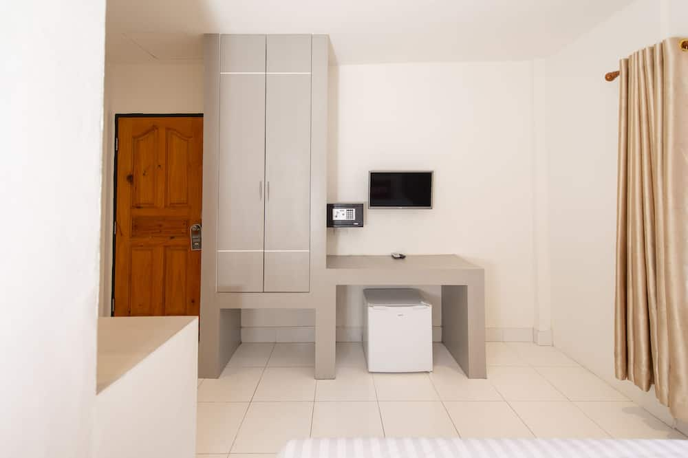 Standard Double Room - Television