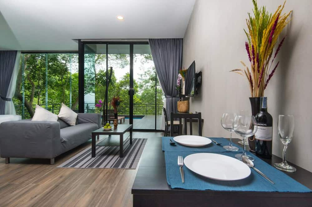 Pool Villa Seaview - In-Room Dining