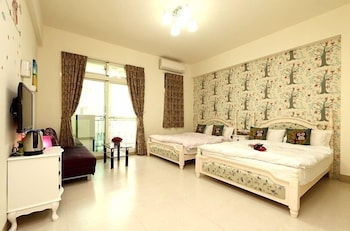 Picture of Flower 4 B&B in Hualien City