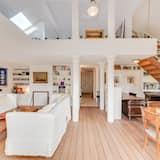 Premium Apartment, Garden View - Living Area