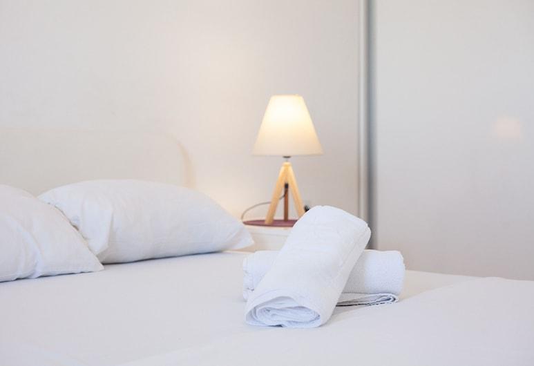 Smart Apartments Skopje, Skopje, Appartamento Deluxe, 1 letto king con divano letto, vista città, Camera