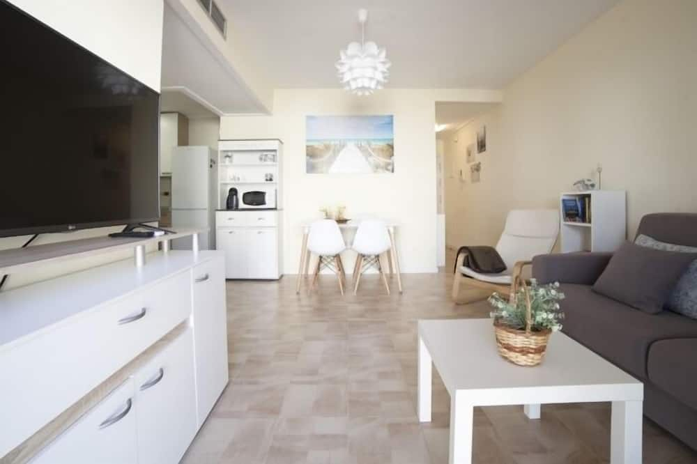Apartment, 1 Bedroom, Non Smoking - Living Room