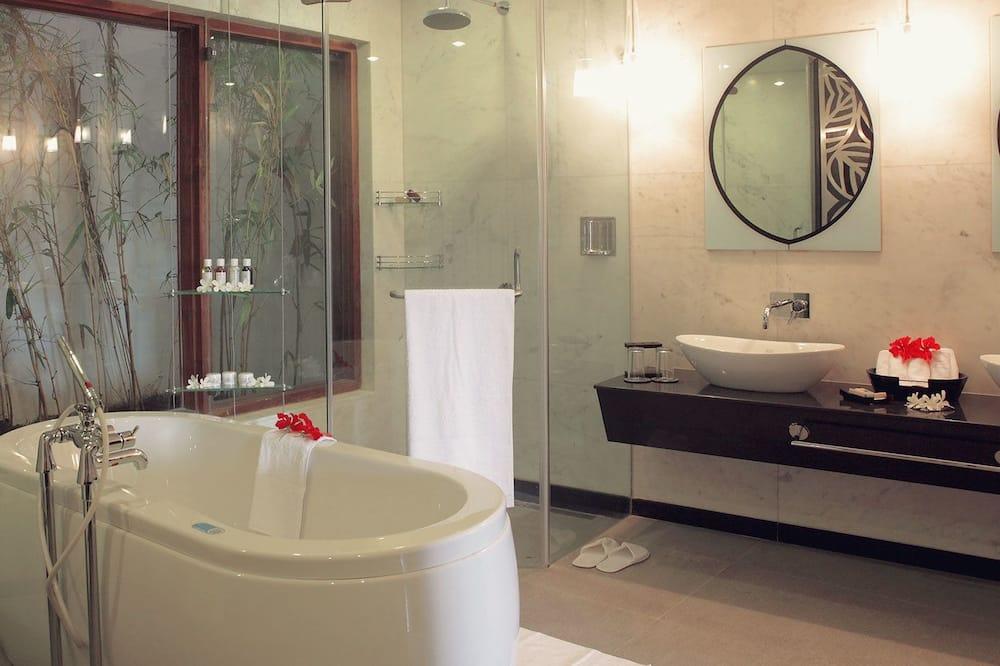 ห้องเบสิกสวีท - ห้องน้ำ
