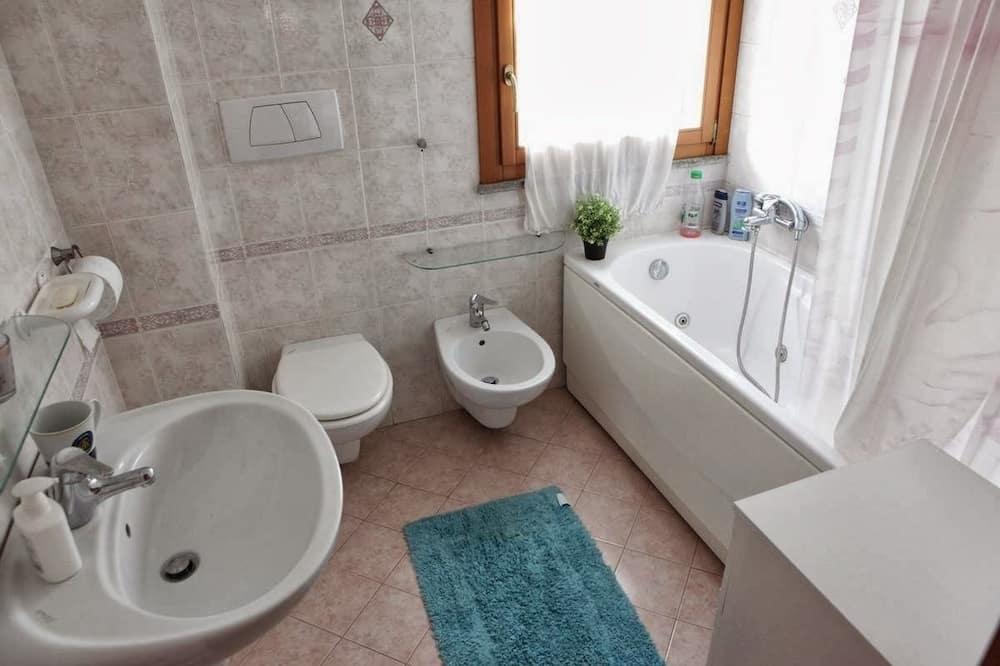 Camera singola, bagno condiviso - Bagno
