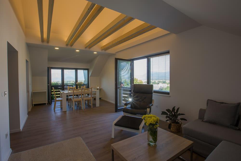 Panoramic-Apartment, Bergblick - Wohnbereich