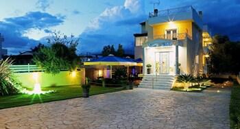 Picture of Peri's Hotel in Spata-Artemida