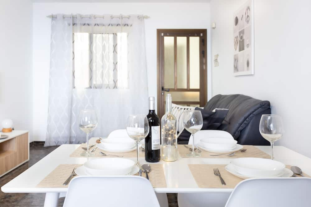 Apartment, 2Schlafzimmer, Terrasse, Meerblick - Wohnzimmer