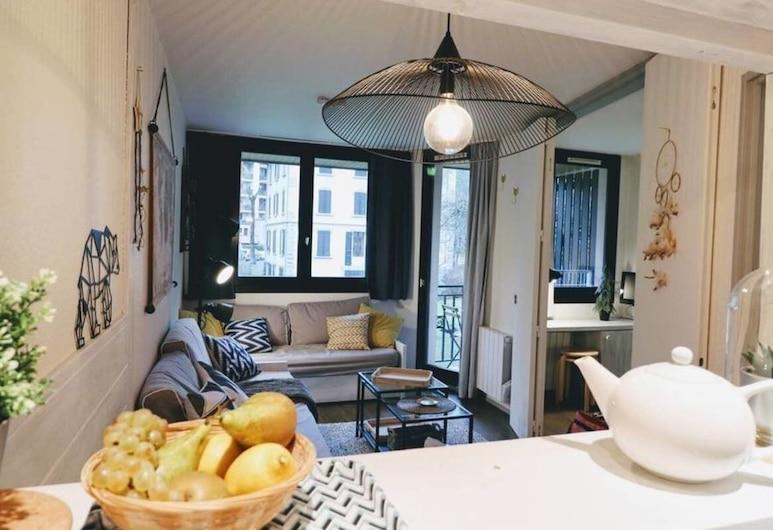 Grépon Private Apartment Downtown, שאמוני-מון-בלאן, דירה (1 Bedroom), חדר