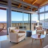 Ferienhaus, Mehrere Betten (Lake Terrace Taupo) - Wohnbereich