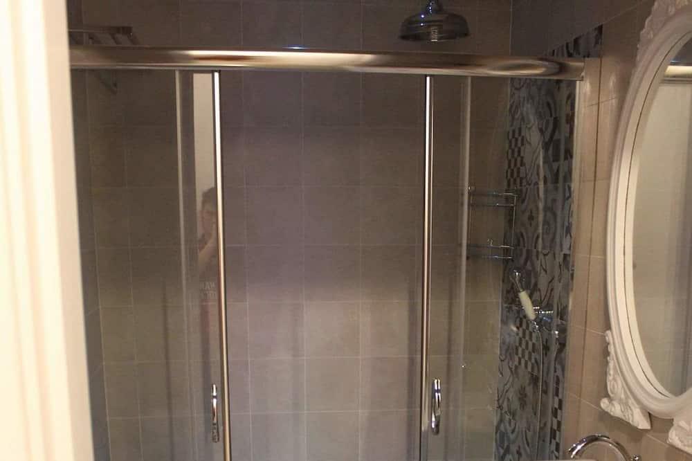 Chambre Triple Classique - Salle de bain