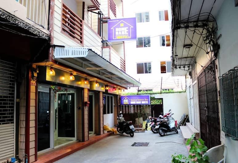 Home Base Hostel - Adults Only , Бангкок, Екстер'єр