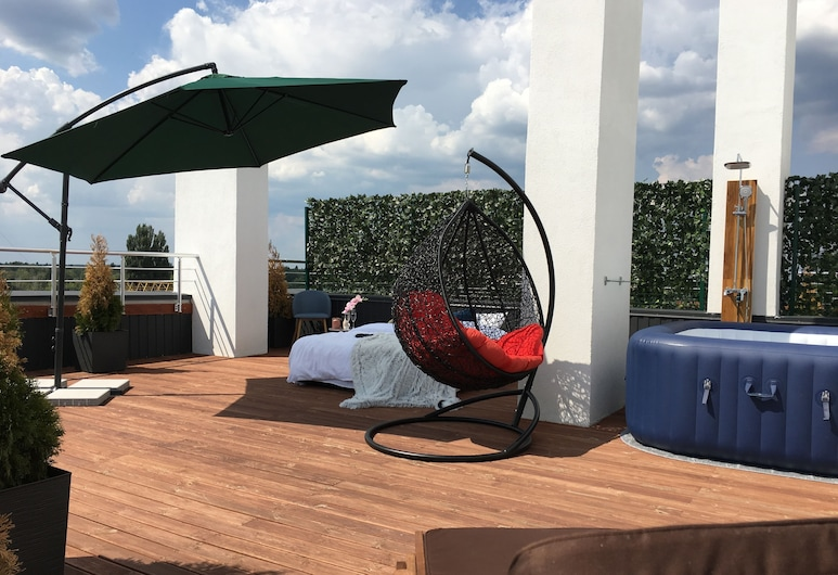 Nyvky Residence, Kyiv, Business appartement, terras (2), Kamer