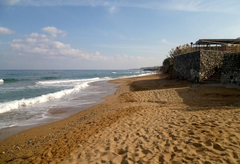 Luxury Suites in Stavromenos, Rethymno, Pantai