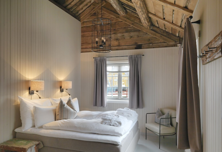 Nusfjord Arctic Resort, Flakstad, Deluxe kuća u prirodi, Više kreveta, za nepušače, pogled na planinu, Soba za goste