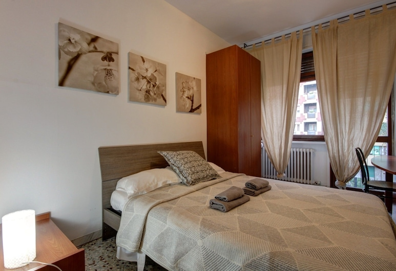 Vigliani, Milan, Apartment, 2 Bedrooms, Room