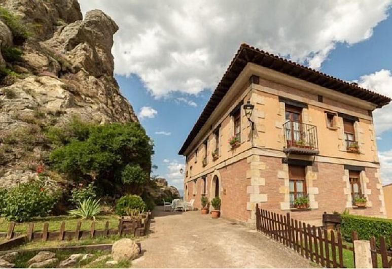 Casa Chanin II, ปีนีลลา เด ลอส มารวยคอส